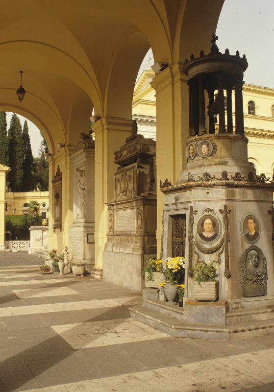 Quadriportico - tomba Fumaroli (ritratti di Severati)