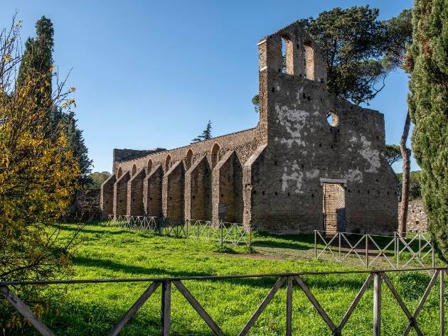 Chiesa di San Nicola - Castrum Caetani ph. Parco Archeologico dell'Appia Antica Official Facebook