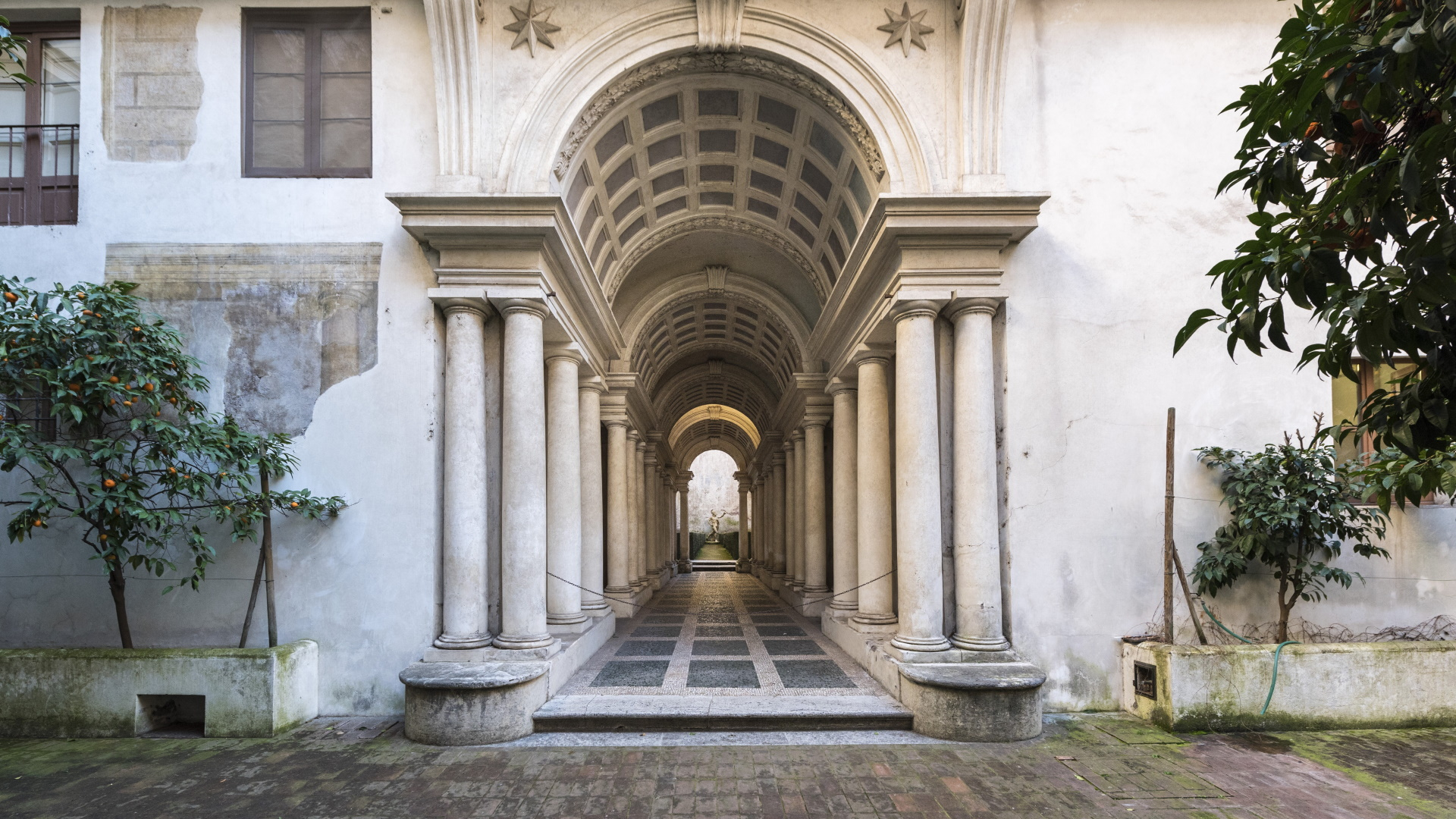 Palazzo Spada - galleria Borromini ©Adam Eastland _ AGF