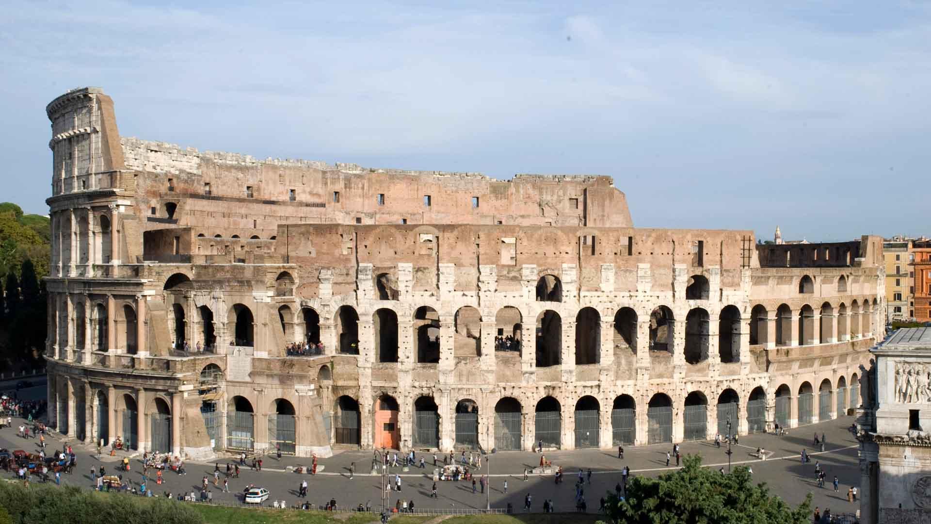 Un Moderno Foro Di Roma.Roma In 72 Ore Turismo Roma