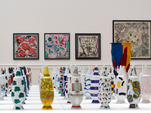 On Flower Power. The Role of the Vase in Arts, Crafts and Design