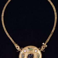 Collana I secolo d.C. Oro, perle, turchese e rubino Thaj, Tell al-Zayer Museo Nazionale, Riad