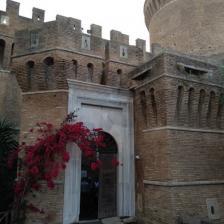 Borgo di Ostia antica, Castello
