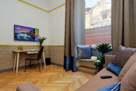Roma Five Suites
