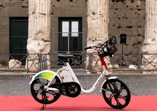 Greta Bike sharing Helbiz