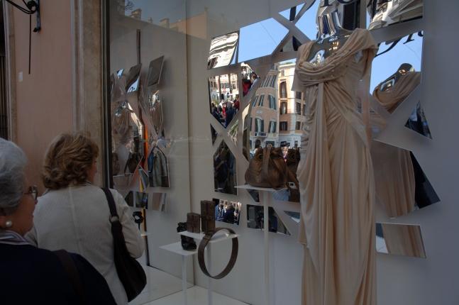 Via-Condotti-shopping-DSC_0109